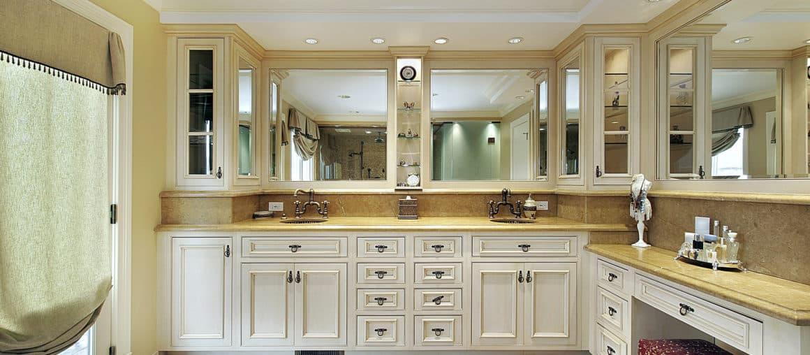 bath cabinet refinishing